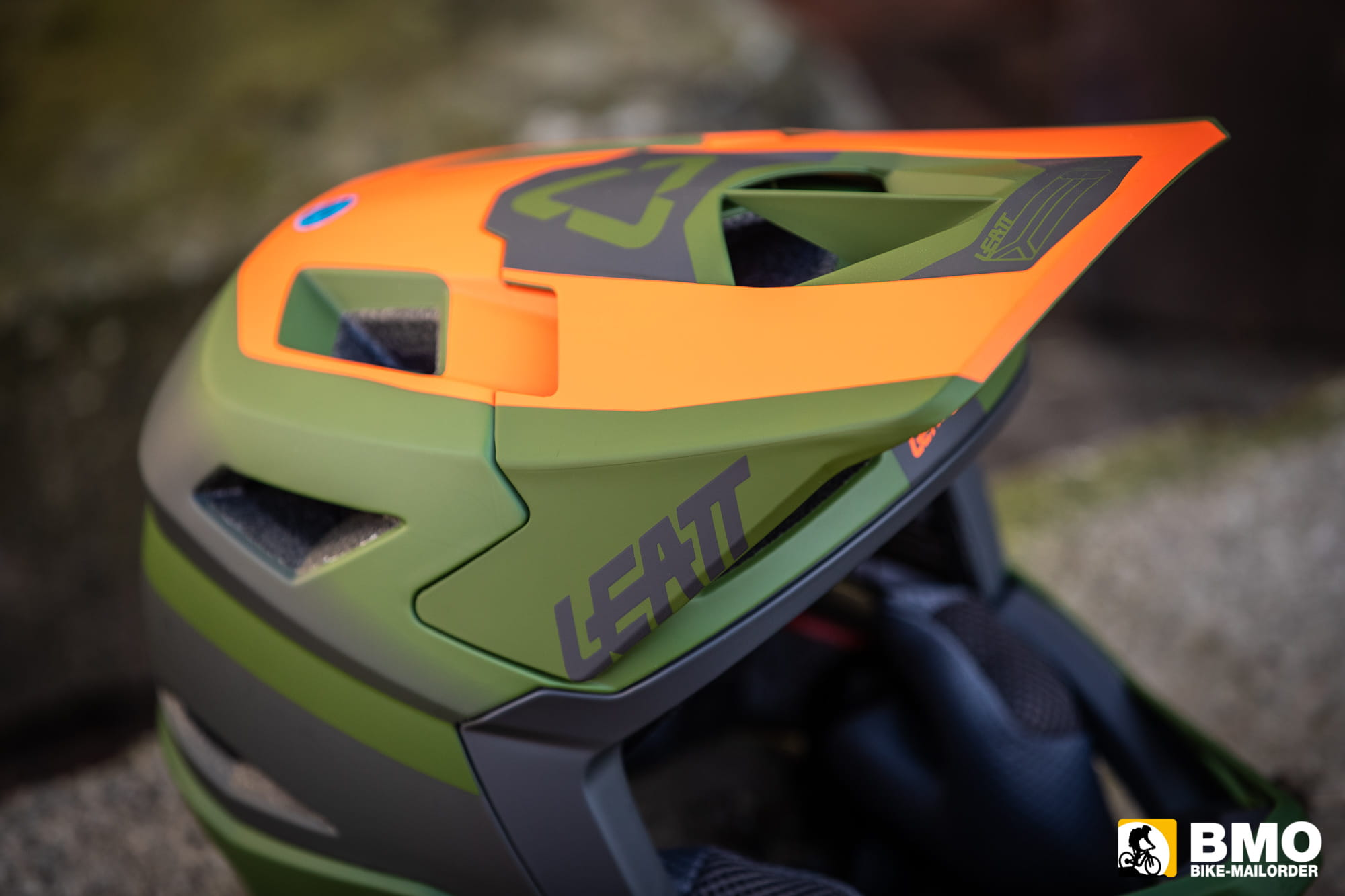 Leatt-DBX-4-0-Super-Ventilated-Fullface-Helm-Bike-Mailorder-6