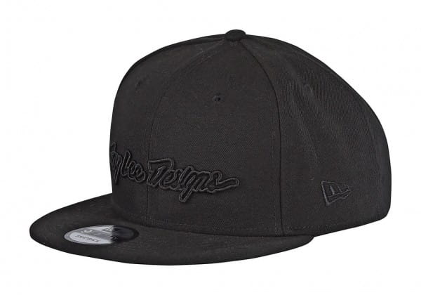 Classic Signature Snapback Hat - black