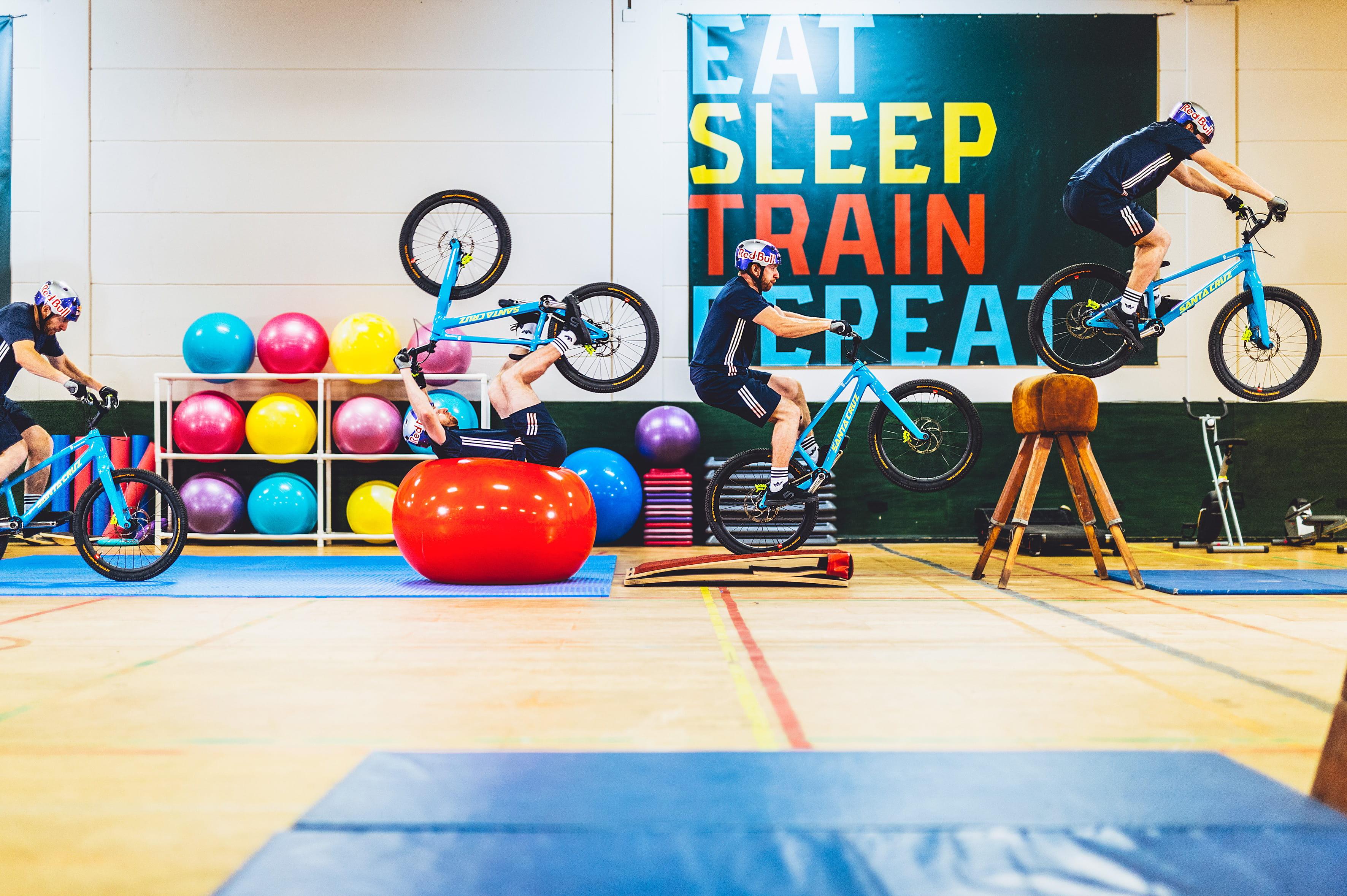 Danny-MacAskill_Gymnasium_-c-_RedBullContentPool_Fred_Murray-23